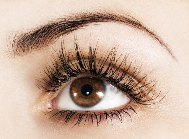 Maquillaje sencillo para ojos marrones por vanitasespai for Sombras de ojos para ojos marrones